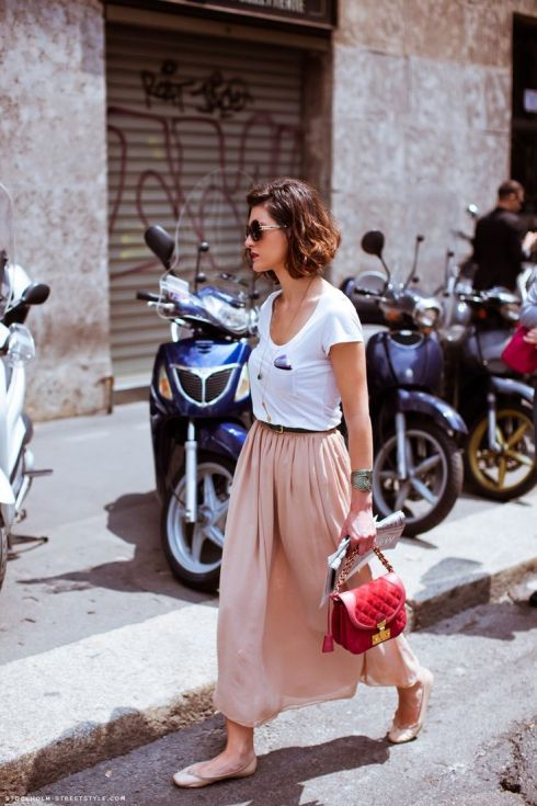 french lady in skirt